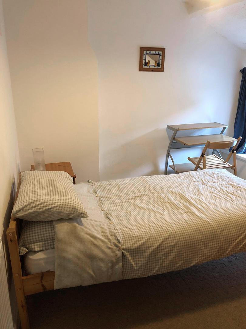 Accommodation-Bedroom-2