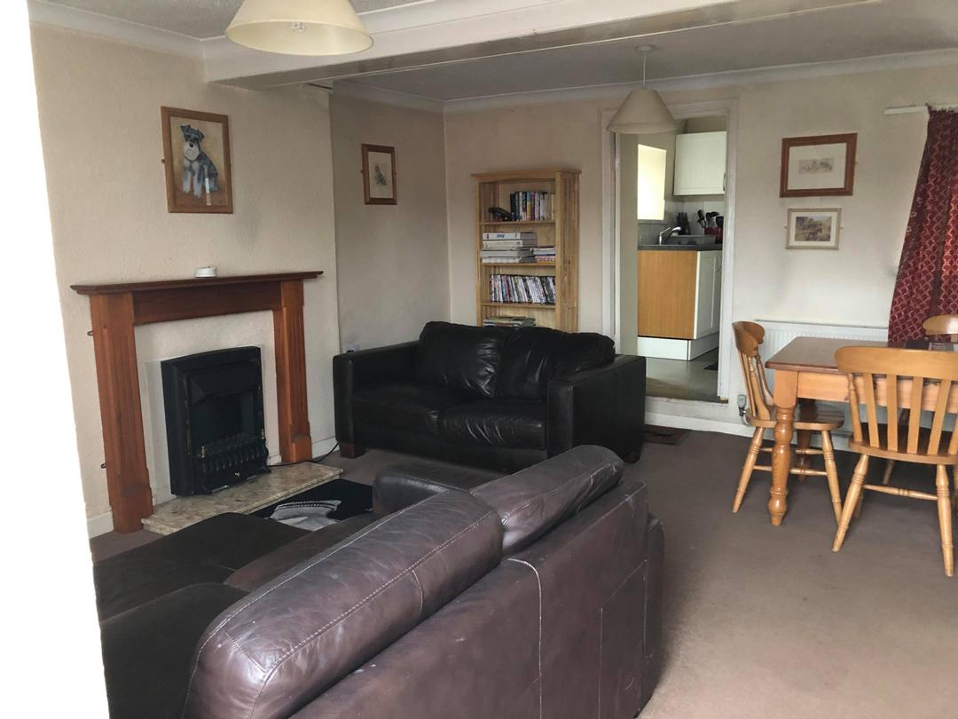 Accommodation-Living-Room-1